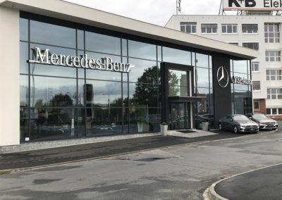 Autosalon Mercedes photo 1