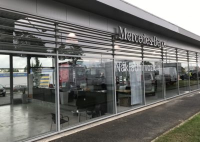 Autosalon Mercedes photo 2